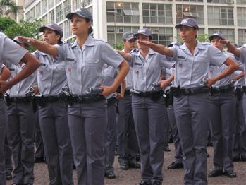 https://i1.wp.com/3.bp.blogspot.com/-Y6_ngMeb3dk/TXYctsY8teI/AAAAAAAAARk/aWEAlQnpT98/s1600/Policial%2BFeminino.jpg
