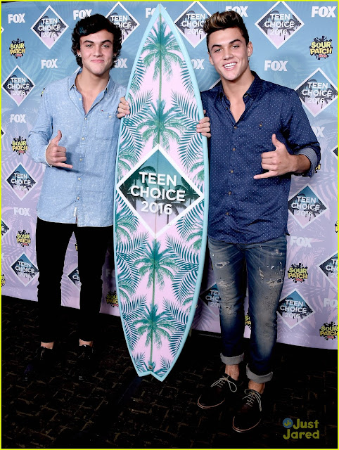 dolan twins mode fashion teen choice awards 2016