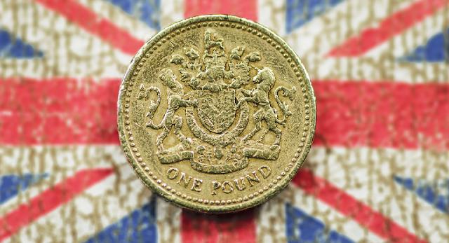 Tras la victoria del Brexit caen los mercados y la libra esterlina se colapsa
