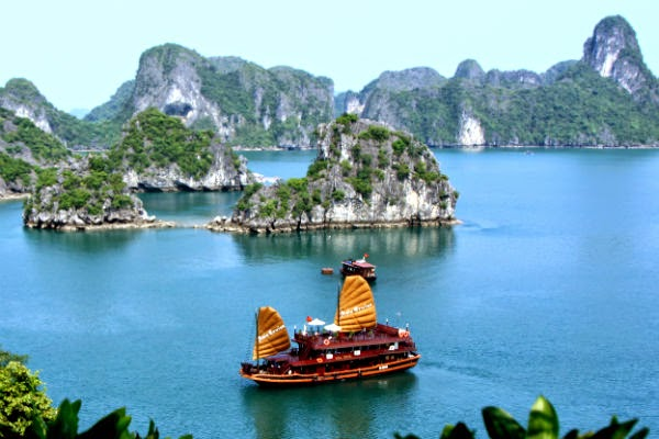 Tourist places in Hanoy