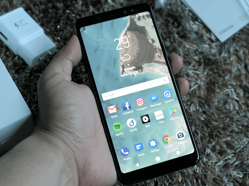 Samsung Galaxy A8+ (2018) Unboxing and First Impressions