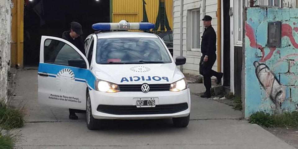 Allanamientos por robo tres detenidos