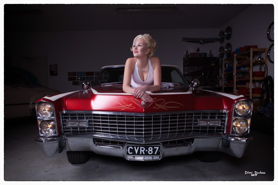 Pin-up kuvausta mallina Ida Lime ja alla Cadillac 1967, valokuvaaja Dimi Doukas