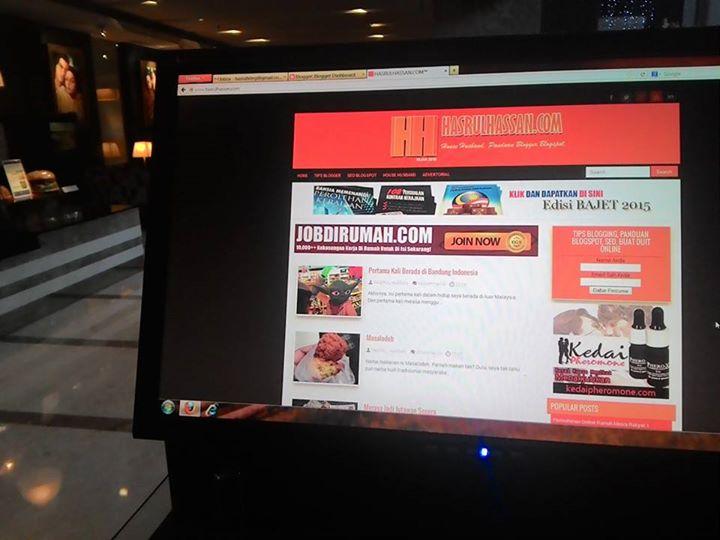 Blogging dari Hotel Aston Braga Bandung Indonesia