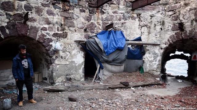 Handelsblatt | «Η Ελλάδα απειλείται με νέο προσφυγικό χάος»