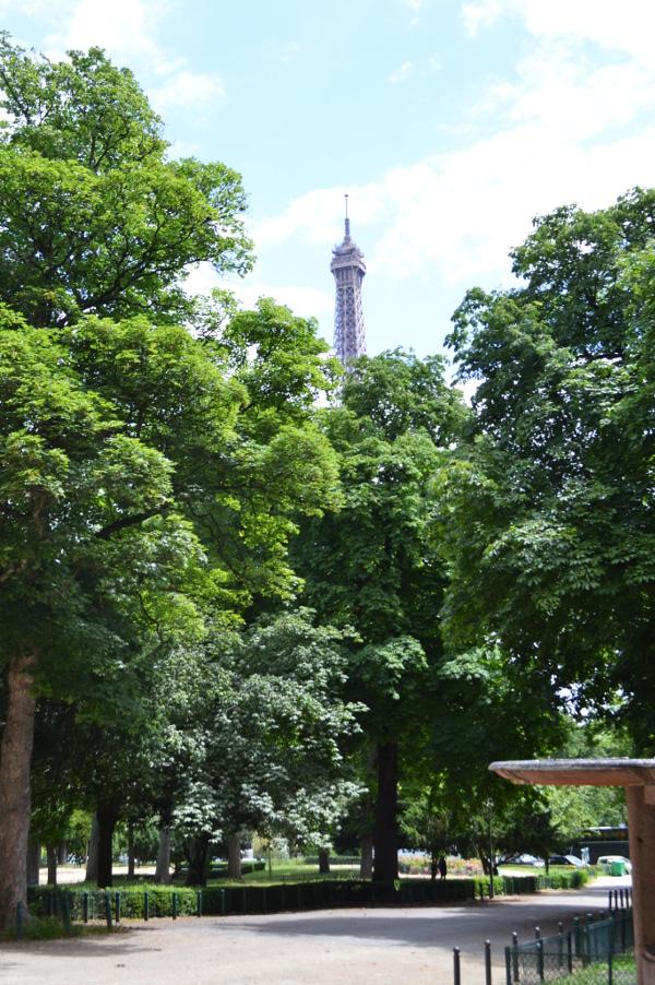 Art et glam se d tendre aux jardins du trocad ro paris 16e for Jardin trocadero