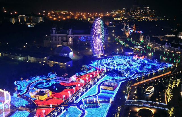 The Kingdom of Light illumination at Huis Ten Bosch, Nagasaki