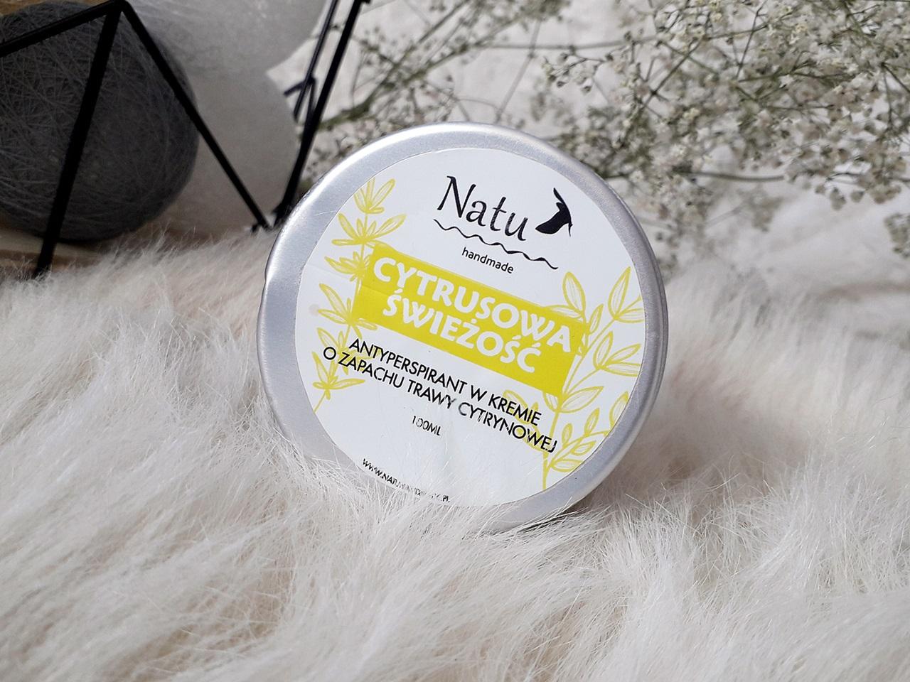Naturalny dezodorant od Natu Handmate - jak radzi sobie z poceniem i przykrym zapachem?