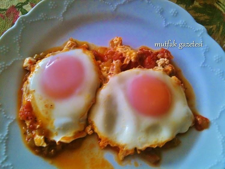 Domatesli yumurta