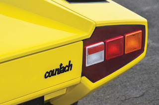 Lamborghini Countach LP400 Periscopio Taillights 02