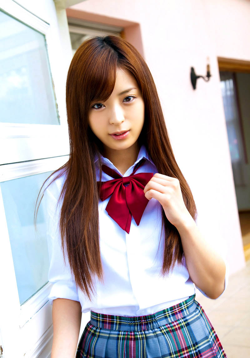 eri wada sexy schoolgirl uniform cosplay 01