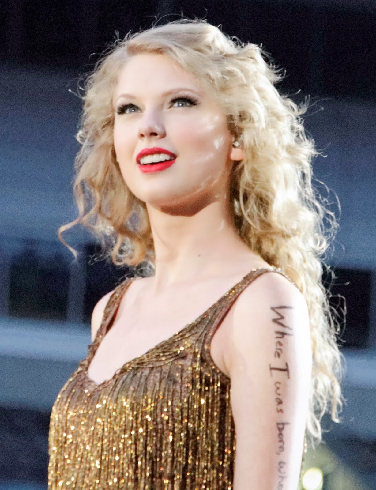 Taylor Swift Inspired Makeup Tutorial: Taylor Swift Profile And Latest Photos 2013-14