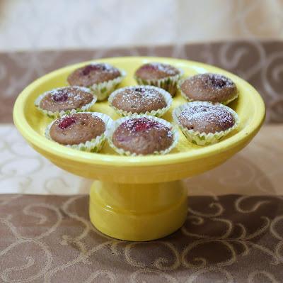 Schokoladen-Mandel-Muffins mit Himbeeren | Backen | Rezept | Muffins