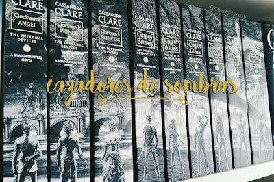 """Cazadores de Sombras"" estrena portadas en español"