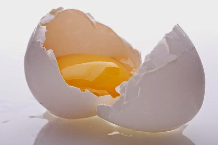 Mẹo tẩy lông nách cực nhanh bằng trứng gà