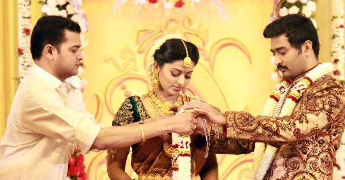 Tamil 70 Sneha Amp Prasanna Marriage Stills Images