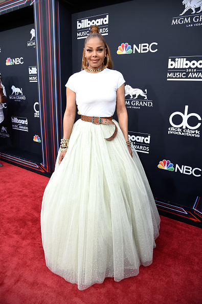 Janet Jackson slays the Billboard Music Awards stage and accepts Icon Award