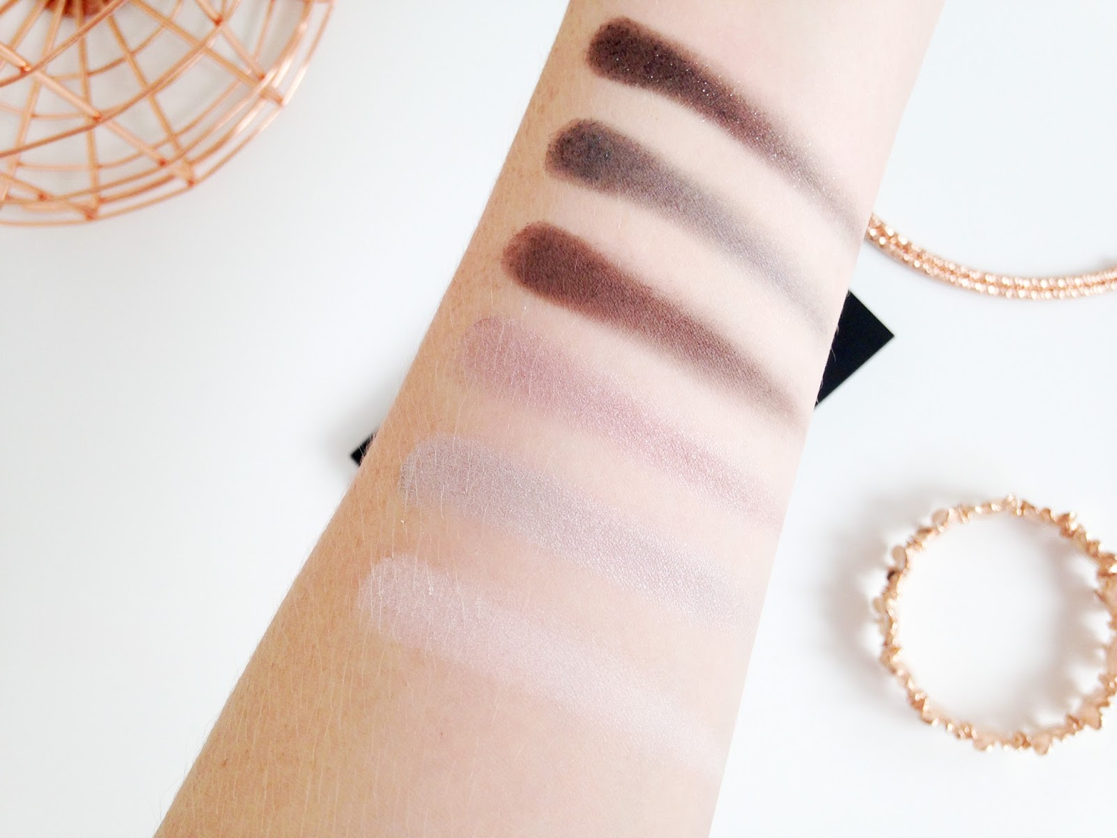 Maybelline The Rock Nudes Palette Swatches