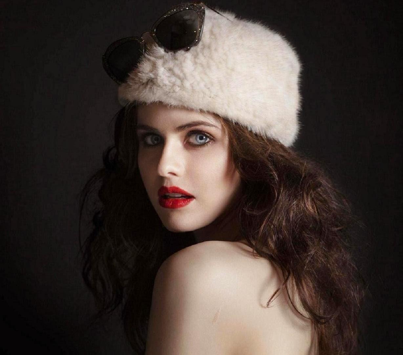 Hollywood actress wallpaper alexandra daddario wallpapers - Hollywood desktop wallpapers actresses ...