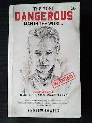Cover Buku The Most Dangerous Man In The World