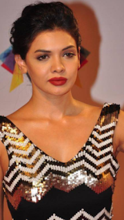 Sara Loren hot movies, age, pakistani actress, bikini, religion, biography, drama list, hot photos, hot scene, upcoming movies, hot images, movies list, songs, instagram, hot pics, facebook, wiki, kiss, new movie, new song, london
