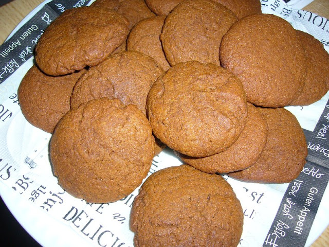 Tampopo-inspired Gingersnaps by Coffee and Casseroles