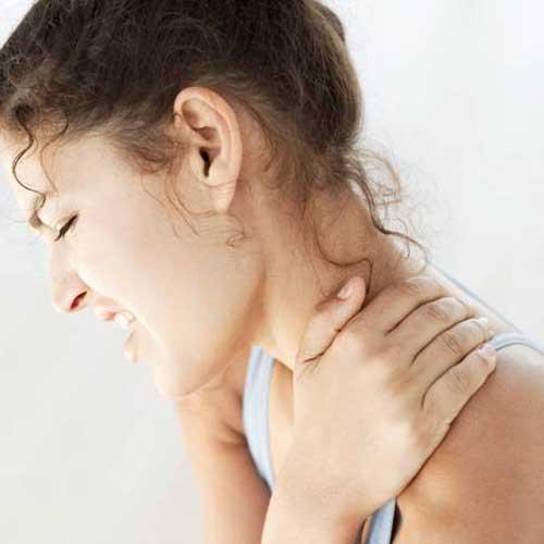 رقبة الموبايل ألم جديد يسببّه الهاتف المحمول
