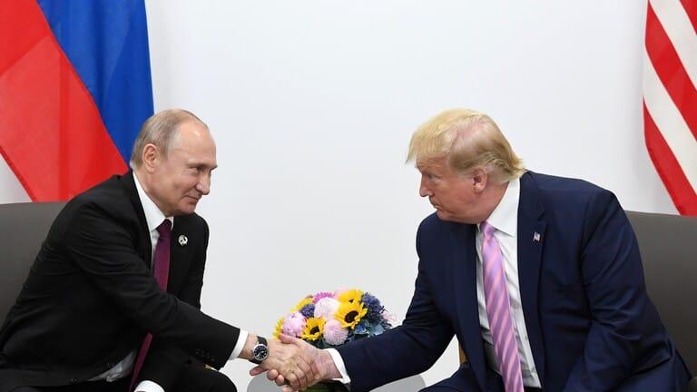 الكرملين-بوتين-وترامب-يبحثان-هاتفيا-التعاون-في-مواجهة-فيروس-كورونا