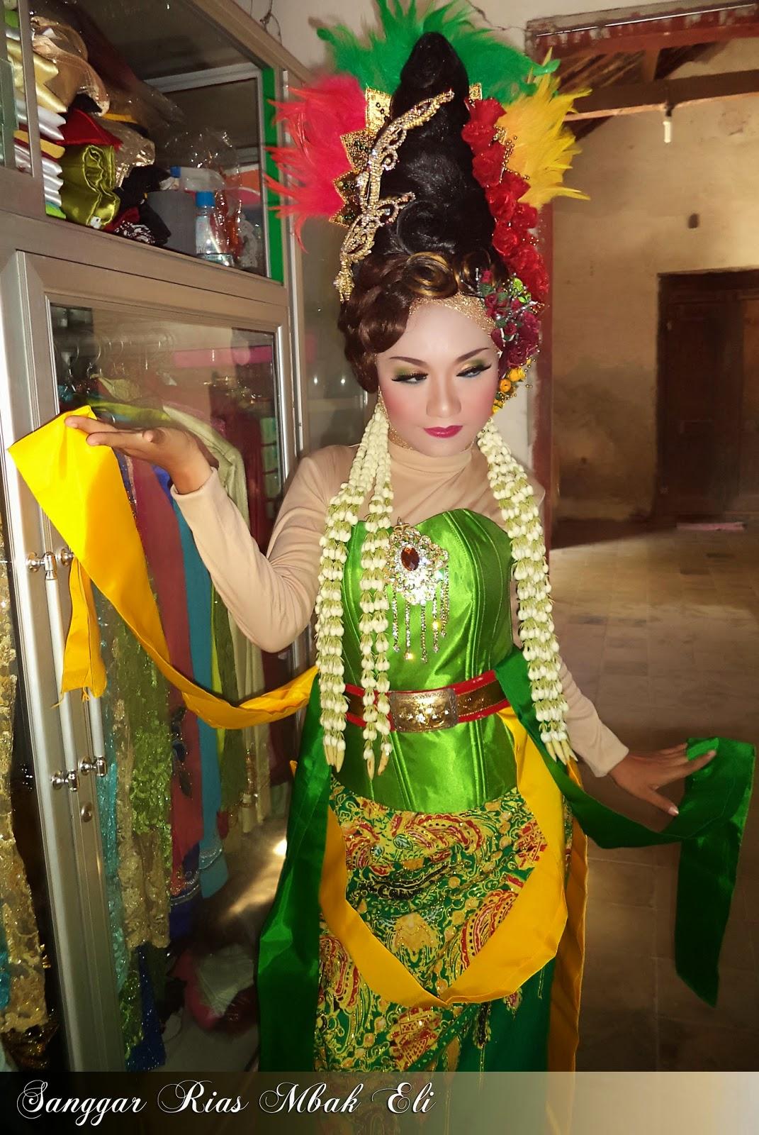 Baju Pengantin Ala Nyi Roro Kidul Inspirasi Pernikahan