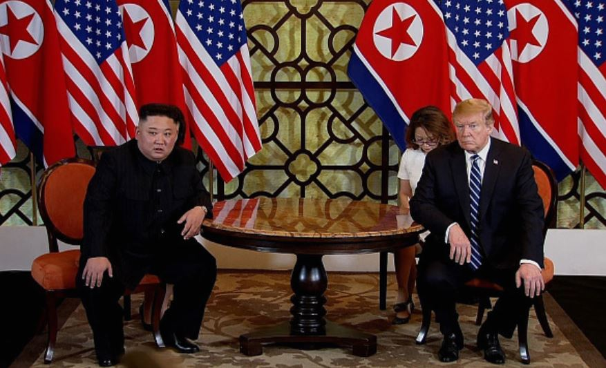 Kim-Jong-un-meets-Donald-Trump