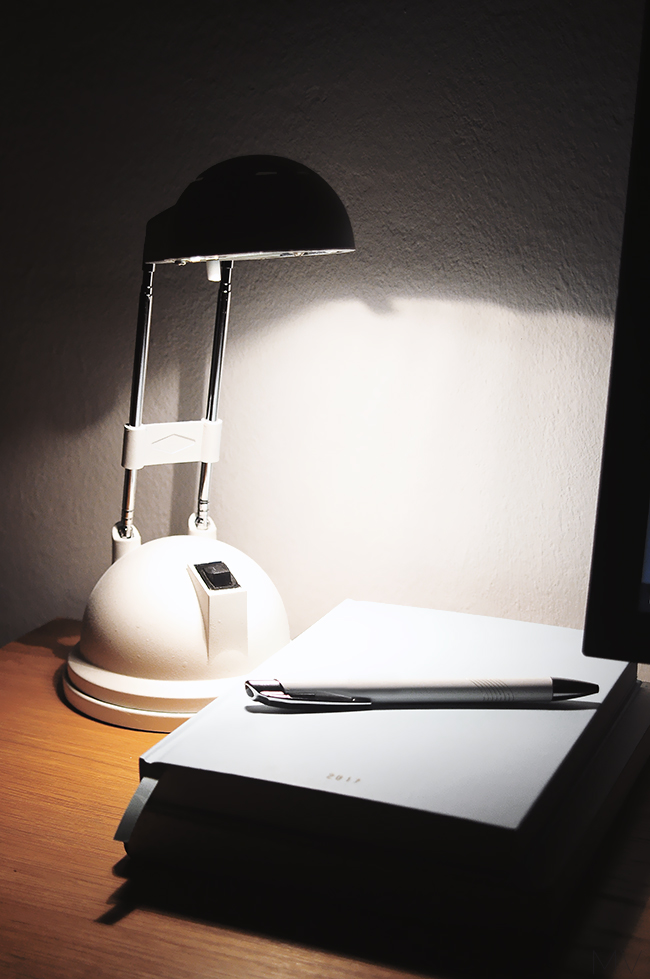 desk lamp makeover diy
