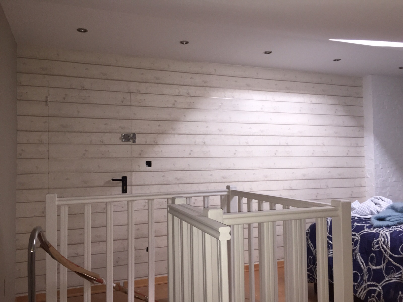 Recikla arte el papel pintado es trending for Papel para empapelar habitaciones