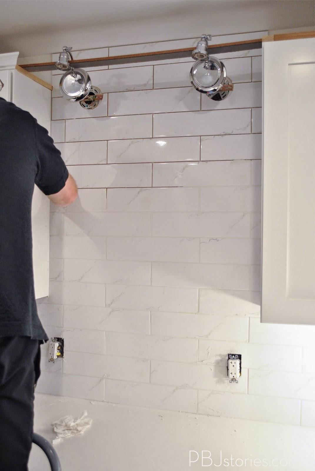 Installing Kitchen Tile Backsplash Video