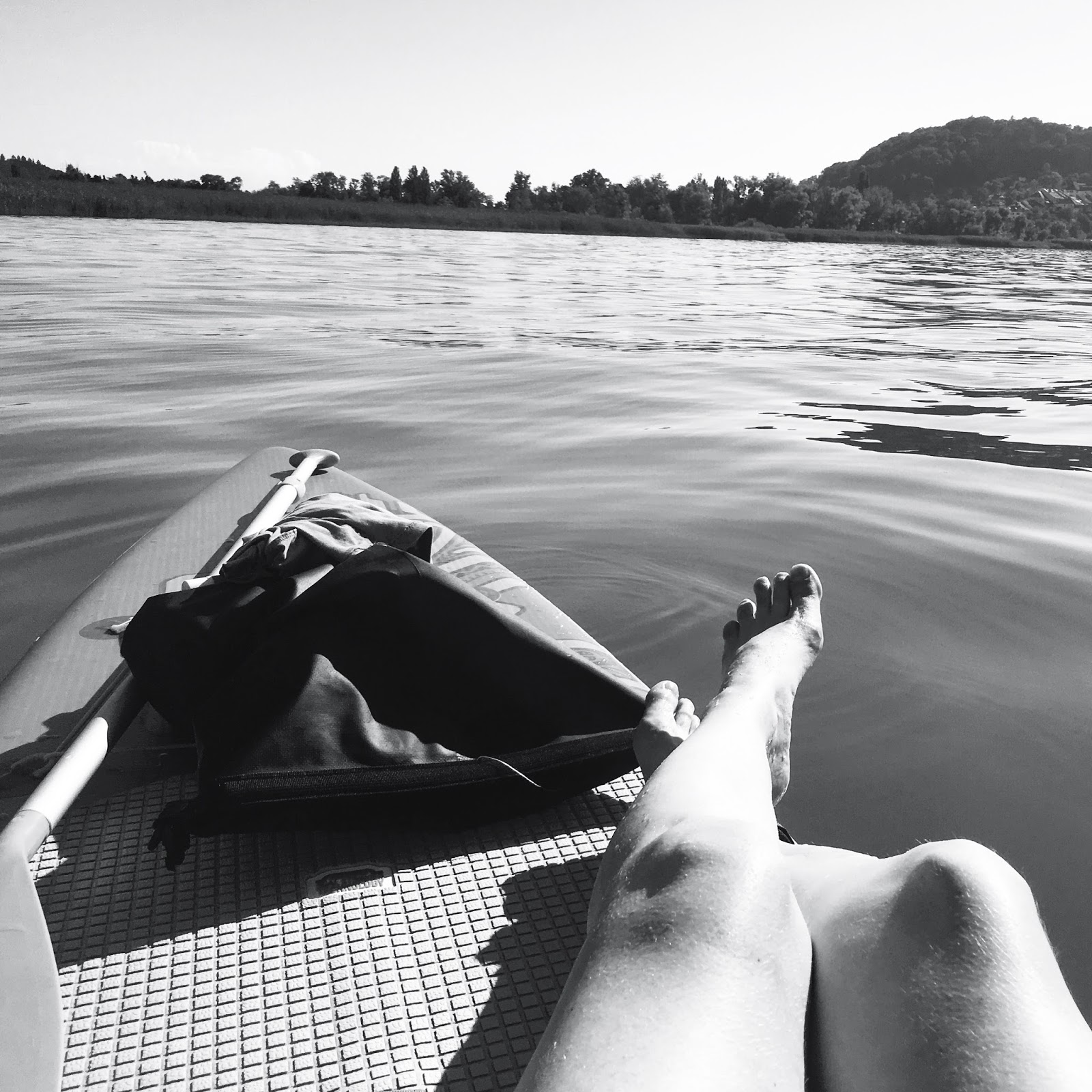 Le Chameau Bleu - Paddle sur le lac de  Bienne - Suisse