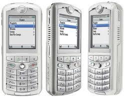 Spesifikasi Handphone Motorola ROKR E1