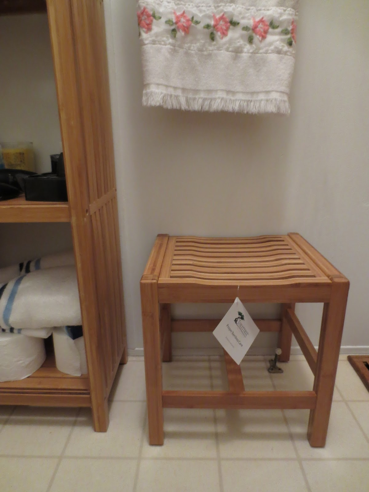 Gloria 39 S Bits And Pieces Stylish And Elegant Bamboo Shower Bench From Toilettree Review