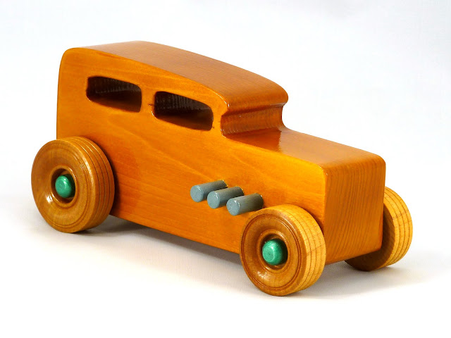 Right Side Front - Wooden Toy Car - Hot Rod Freaky Ford - 32 Sedan - Pine - Amber Shellac - Metallic Green - Gray
