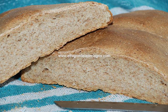 Pan de centeno y salvado de trigo