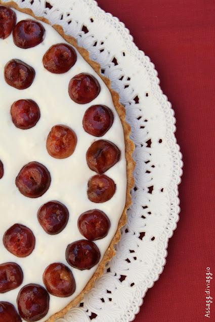 Crostata di ciliegie e mandorle