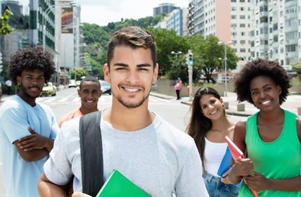 Estudantes do RN já podem se inscrever para mais de 15 mil bolsas de estudo