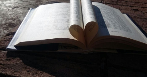 biblioterapia leggere fa bene