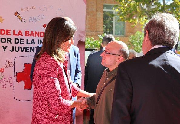 Queen Letizia wore Atos Lombardini Coat and Queen Letizia wore Uterque Black leather pants, Magrit pumps at Banderita Day 2018