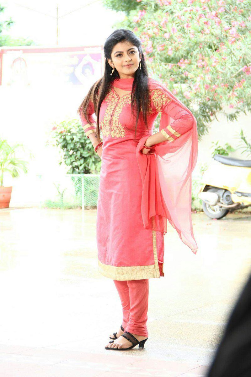 Actress Ananadhi Latest HD Images