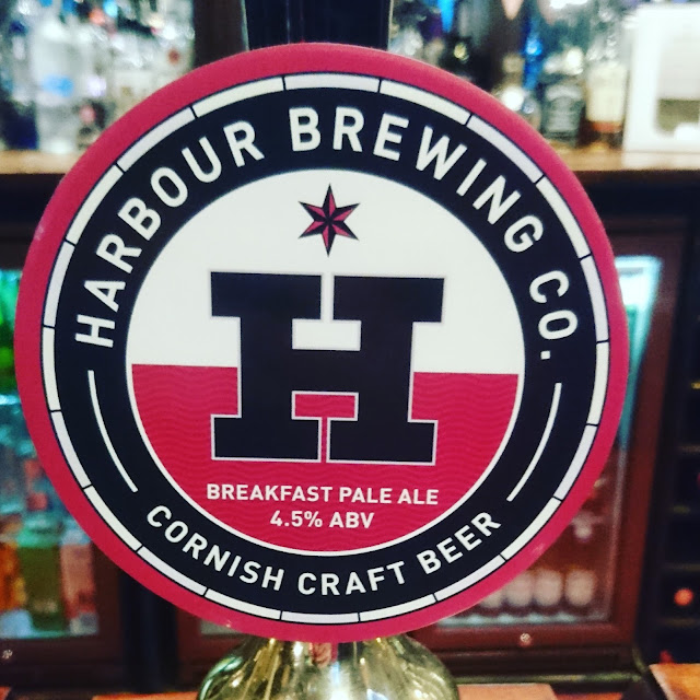 Cornwall Craft Beer Review: Breakfast Ale from Harbour Brewing Co. real ale pump clip