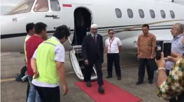 Alhamdulillah Dr Zakir Naik Telah Tiba di Makassar