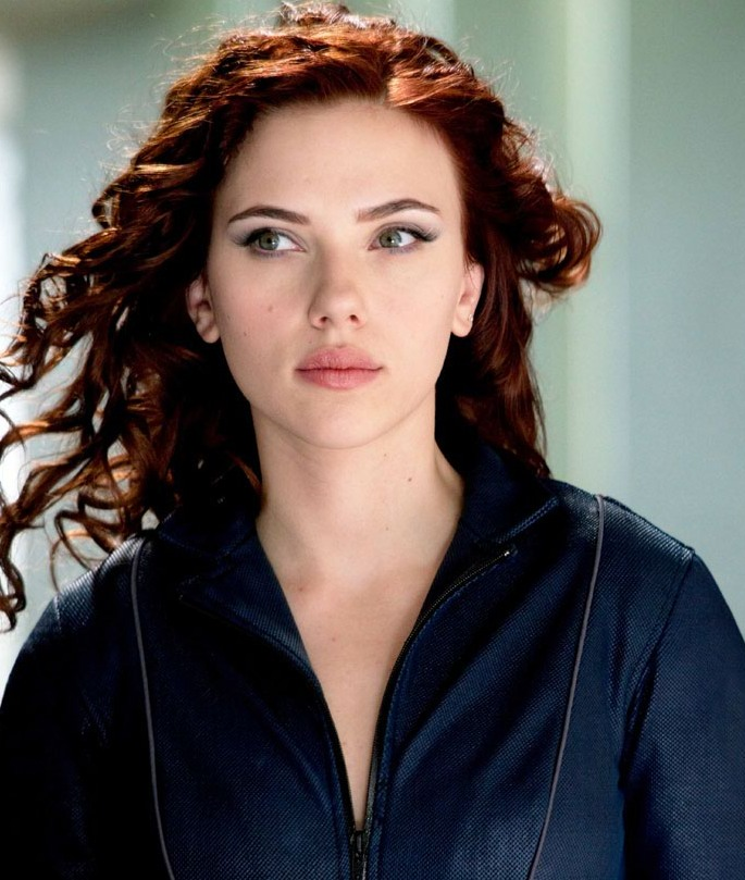 Celebrity Biography and photos: Scarlett Johansson