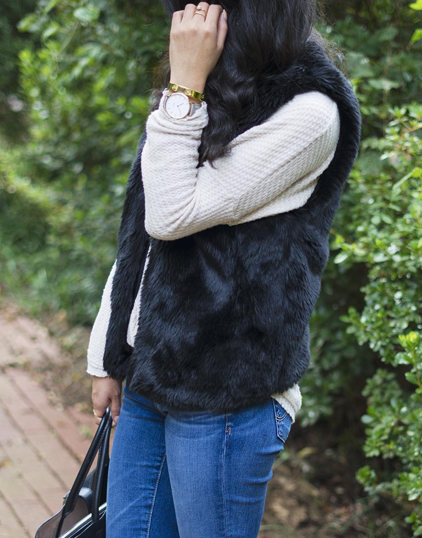 layering under a faux fur vest, how to style a faux fur vest