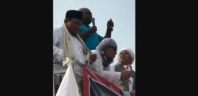 Natalius Pigai: Bangsa Ini Berdiri Karena Umat Islam, Jangan Perlakukan Sebagai Teroris!