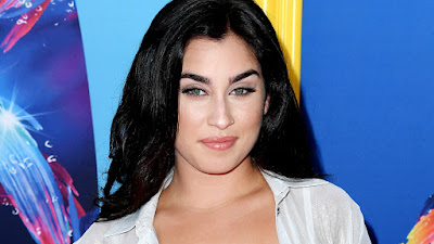 Lauren Jauregui's political opinions turn her peers off