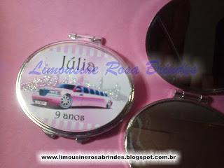 limousine rosa brindes, kit maquiagem limousine rosa, lembrancinha limousine rosa, tema limousine rosa, festa limousine rosa